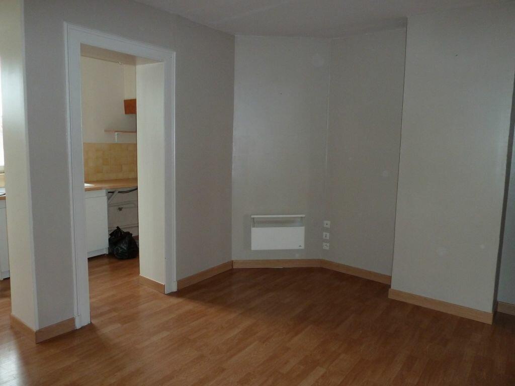 Appartement à louer 2 39m2 à Damville vignette-4