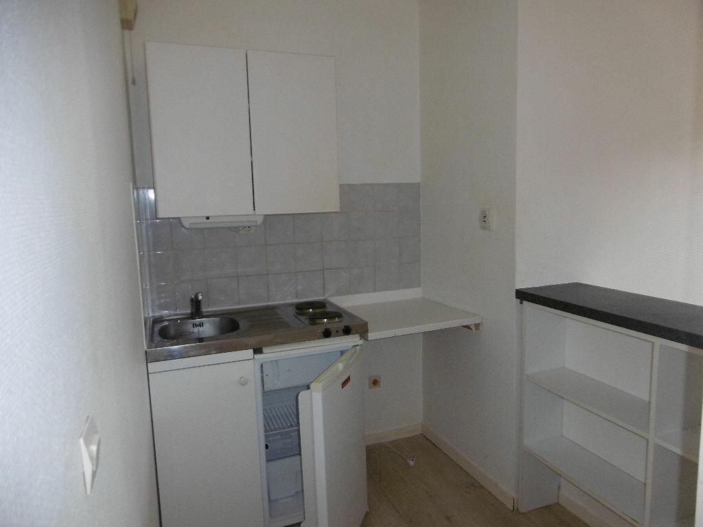 Appartement à louer 1 26m2 à Évreux vignette-3