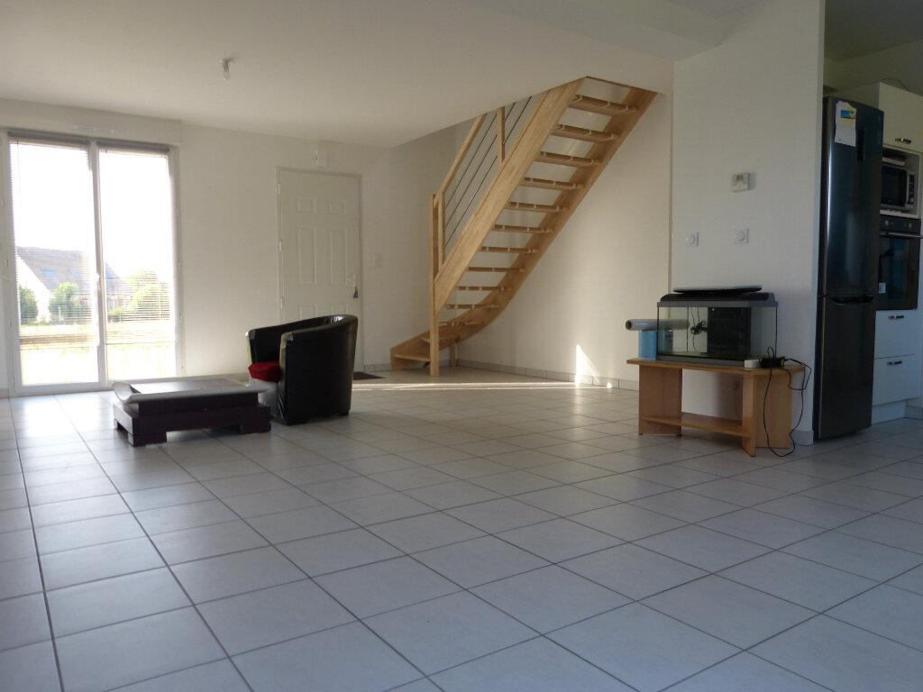 Maison à vendre 5 101m2 à Sacquenville vignette-2