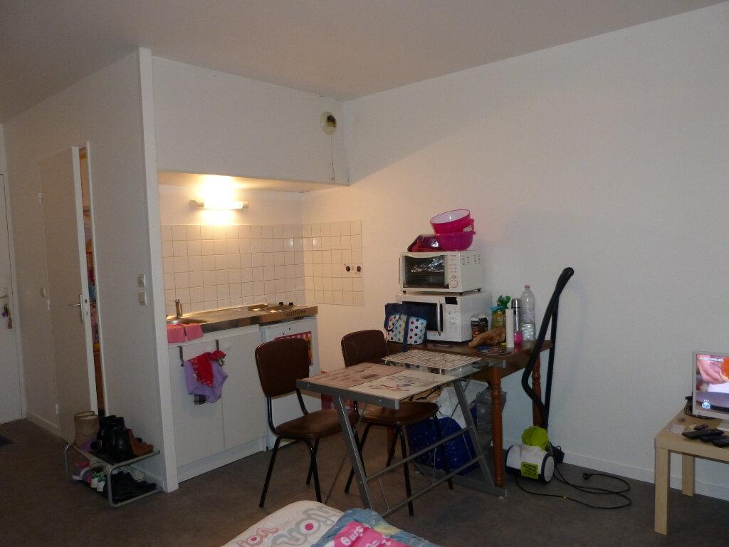 Appartement à louer 1 21.79m2 à Évreux vignette-1