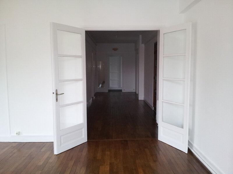 Appartement à louer 4 113m2 à Évreux vignette-1