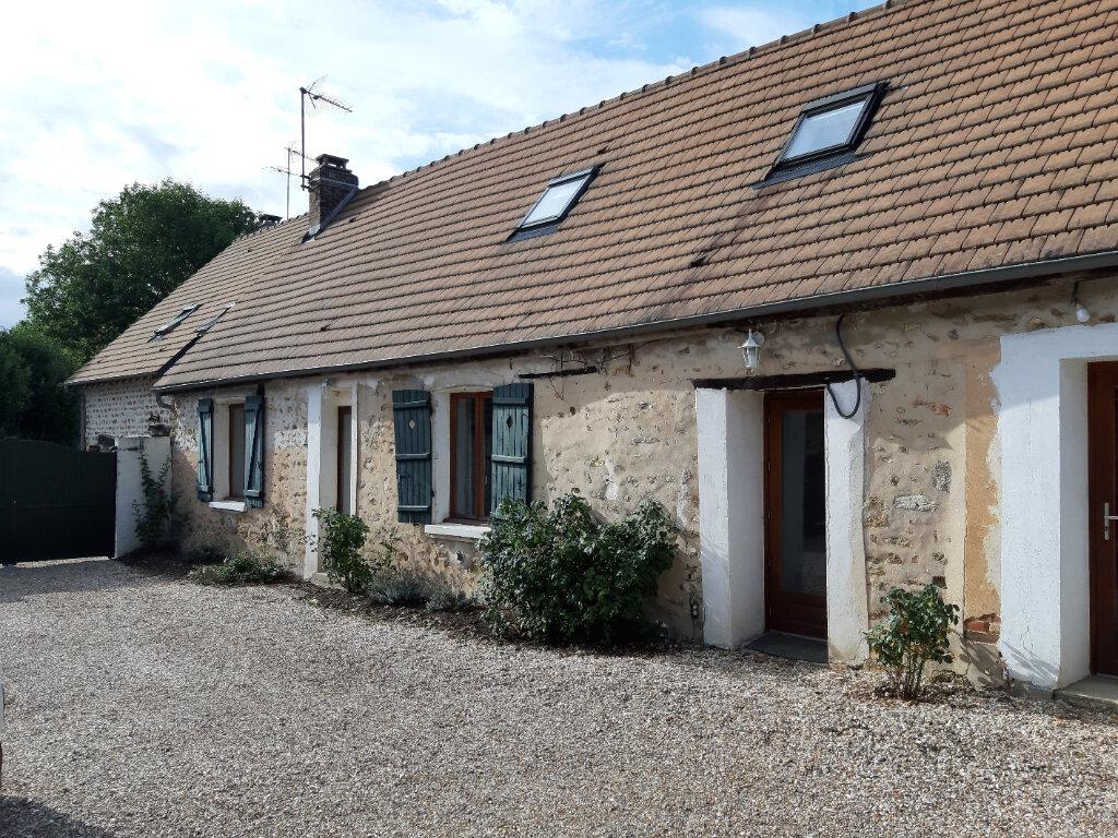 Maison à louer 3 88m2 à Houlbec-Cocherel vignette-1