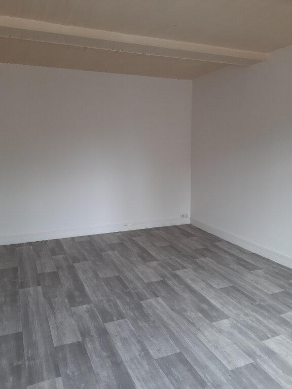 Maison à louer 3 88m2 à Houlbec-Cocherel vignette-5