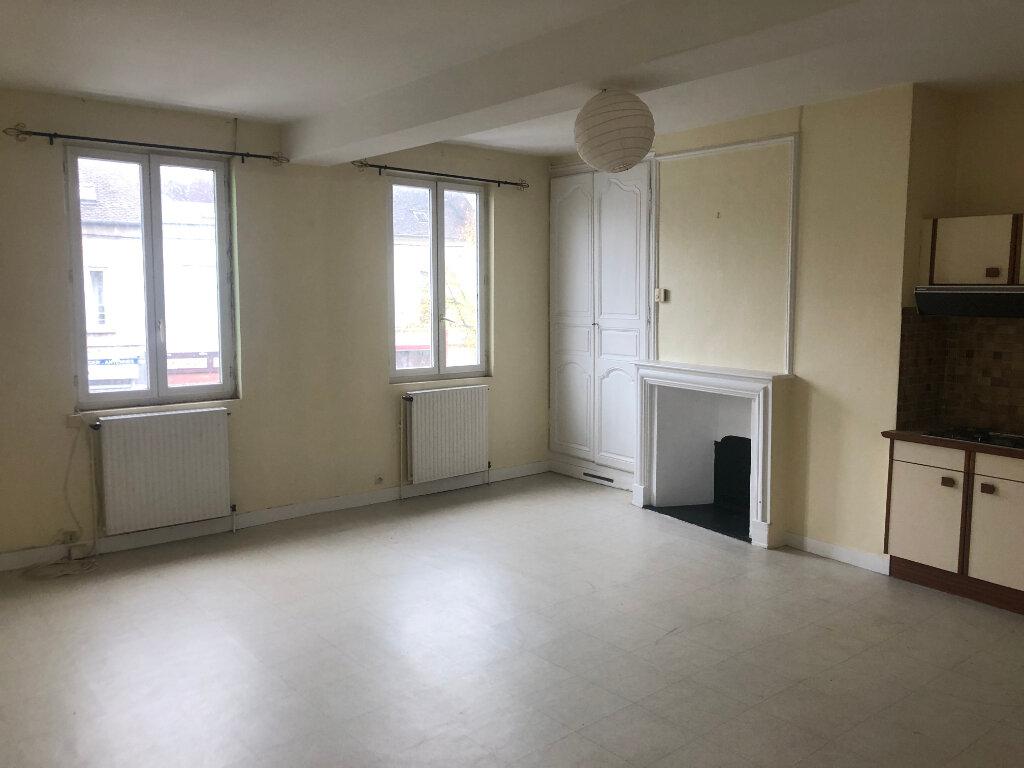 Appartement à louer 2 51m2 à Conches-en-Ouche vignette-3