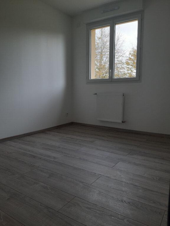 Maison à louer 4 90.5m2 à Prey vignette-5