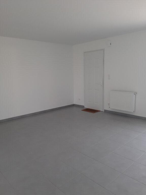 Maison à louer 4 90.5m2 à Prey vignette-8