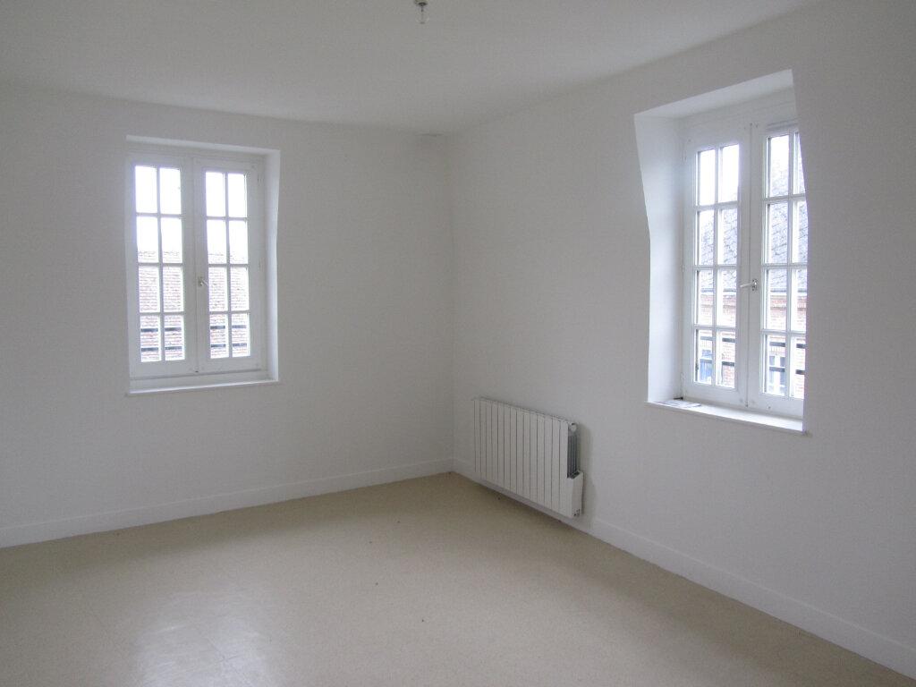 Appartement à louer 3 70m2 à Conches-en-Ouche vignette-1