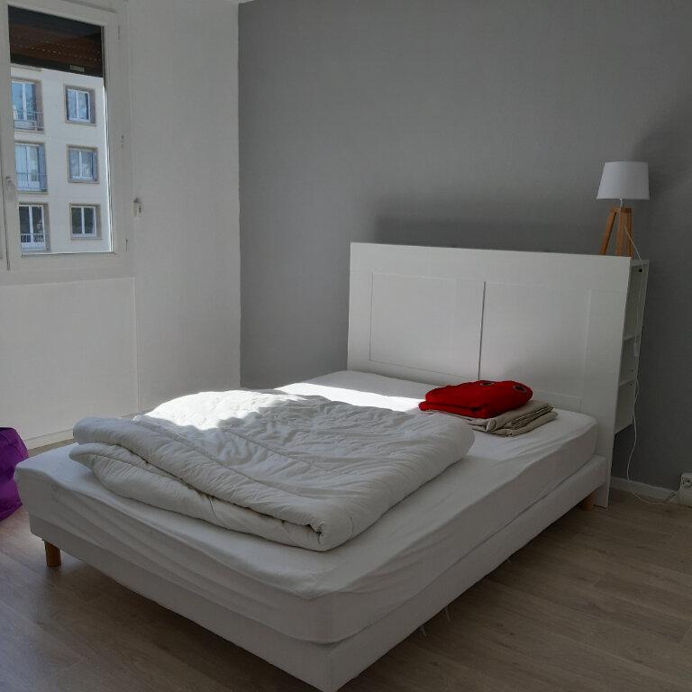 Appartement à louer 3 62.96m2 à Évreux vignette-8