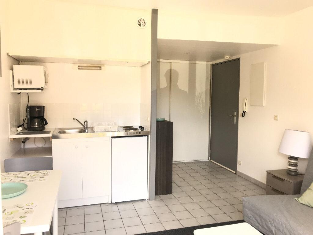 Appartement à louer 1 18.53m2 à Évreux vignette-8