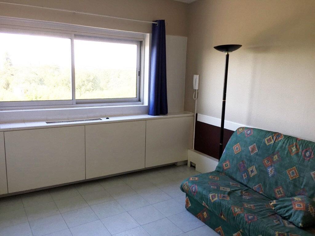 Appartement à louer 1 20m2 à Gradignan vignette-1