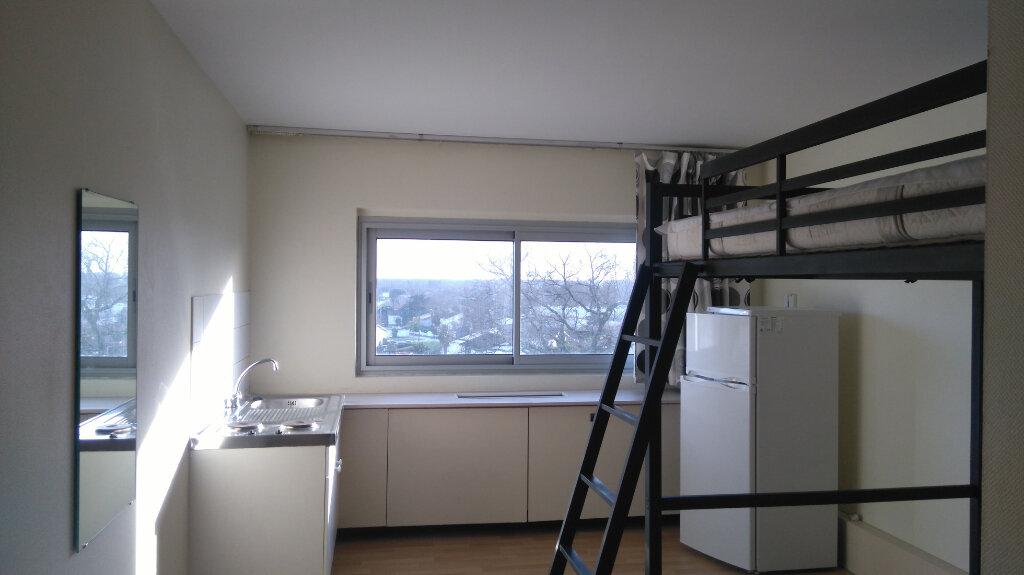 Appartement à louer 1 21.64m2 à Gradignan vignette-1