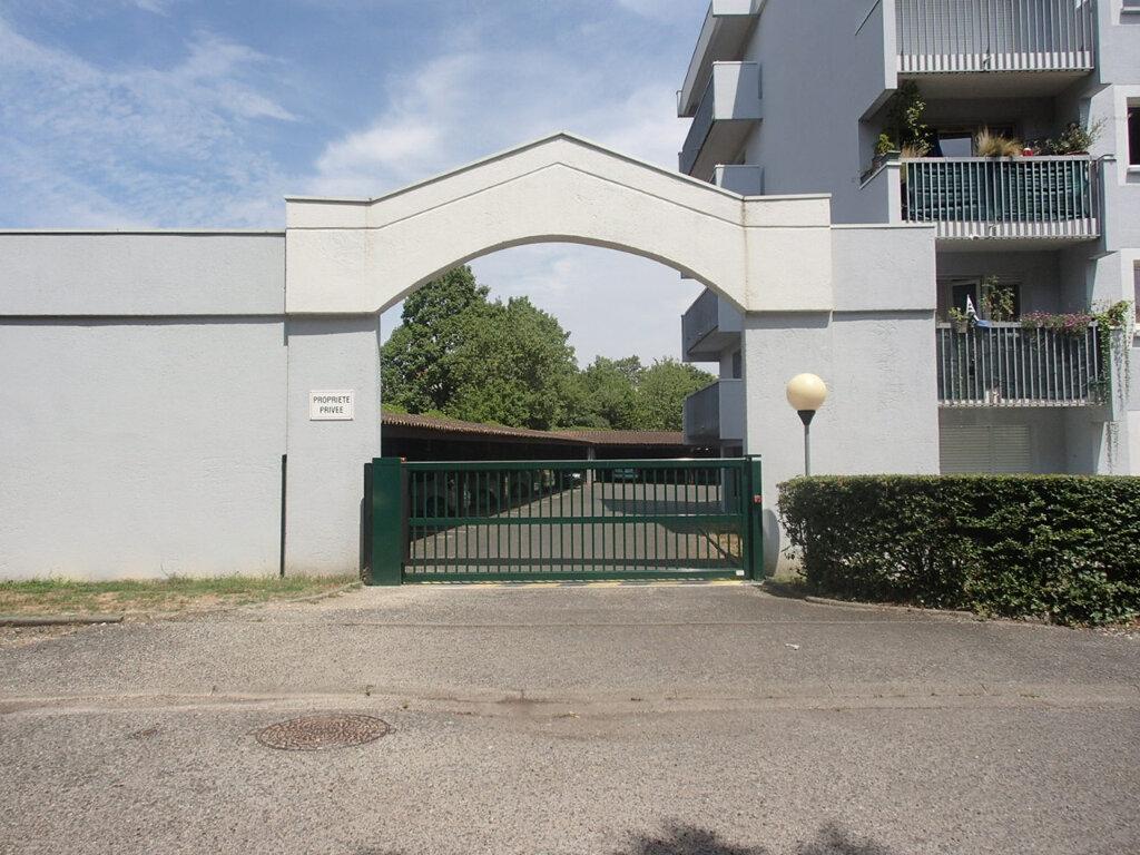 Appartement à louer 1 22m2 à Gradignan vignette-3