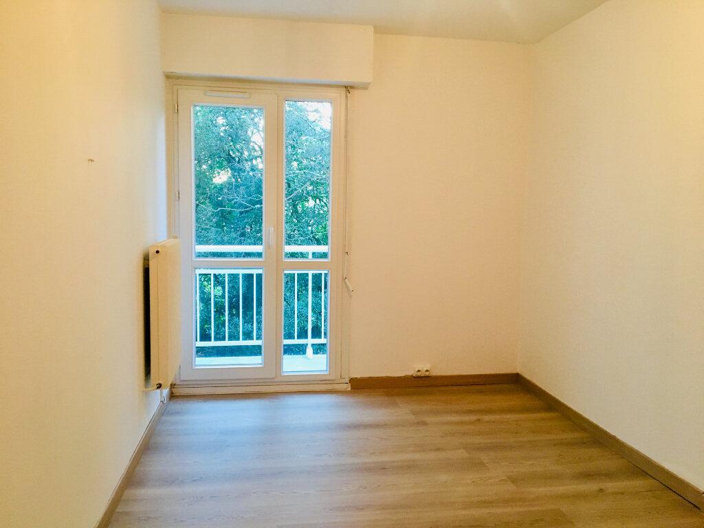Appartement à louer 2 40m2 à Gradignan vignette-2