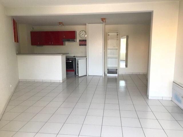 Appartement à louer 3 59m2 à Gradignan vignette-2