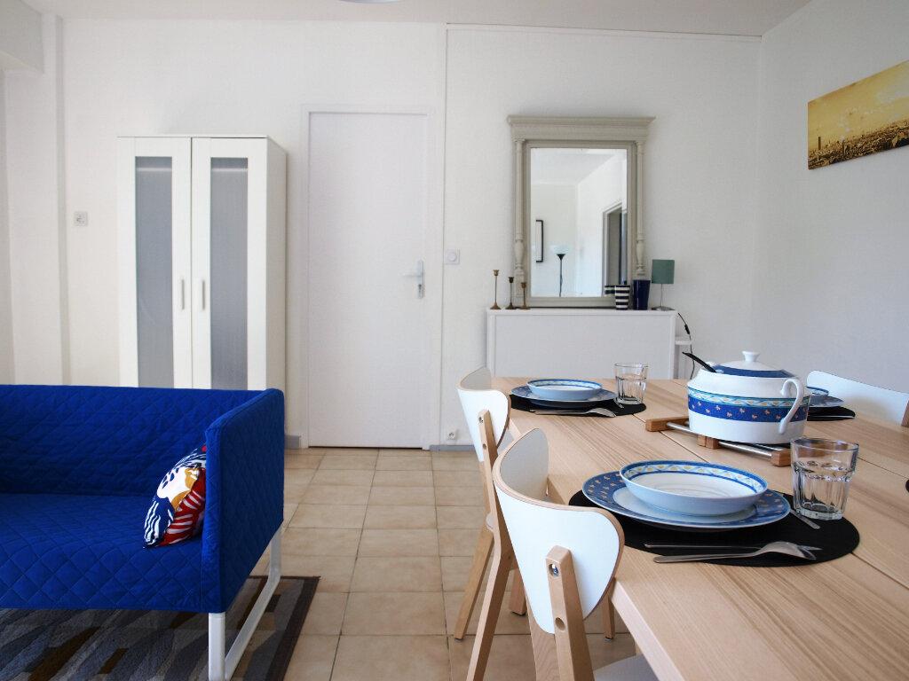 Appartement à louer 1 13m2 à Pessac vignette-3