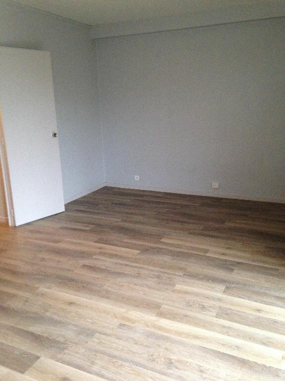 Appartement à louer 1 31.85m2 à Toulouse vignette-3