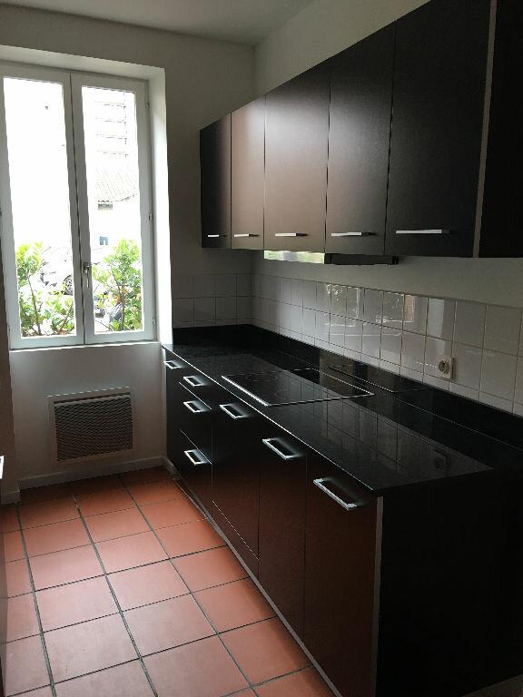 Maison à louer 3 69m2 à Toulouse vignette-2