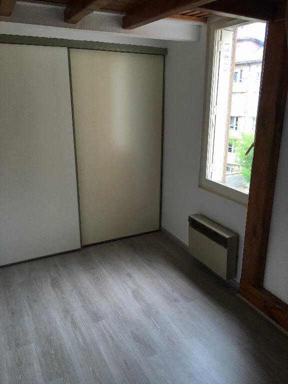 Appartement à louer 2 25m2 à Toulouse vignette-2