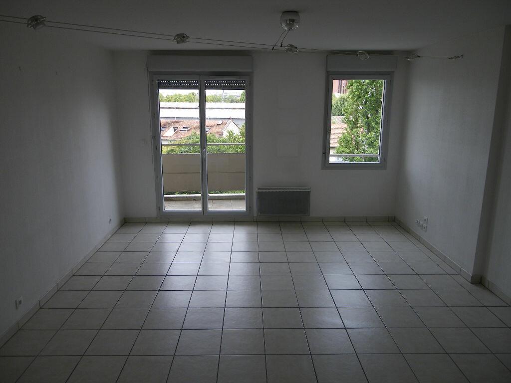 Appartement à louer 3 54.23m2 à Toulouse vignette-1