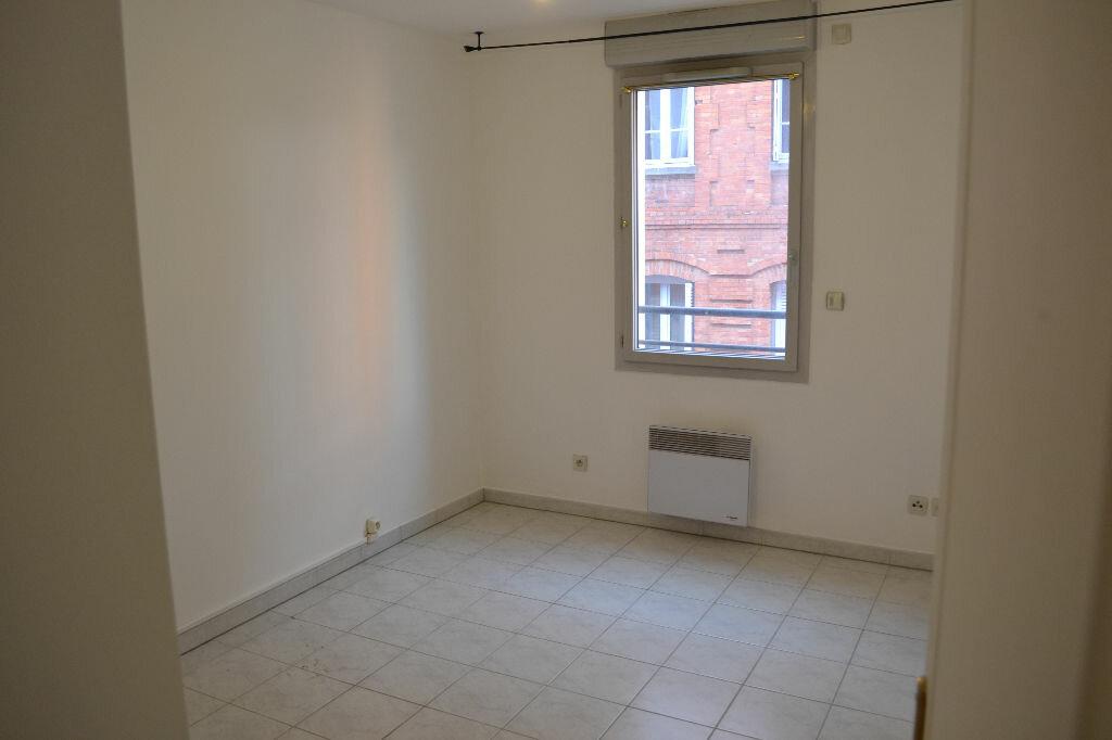 Appartement à louer 3 70m2 à Toulouse vignette-3