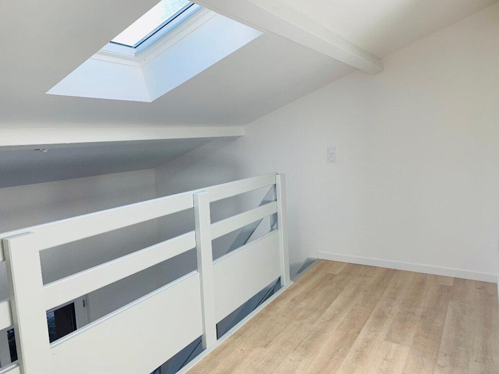 Appartement à louer 2 30.8m2 à Toulouse vignette-6