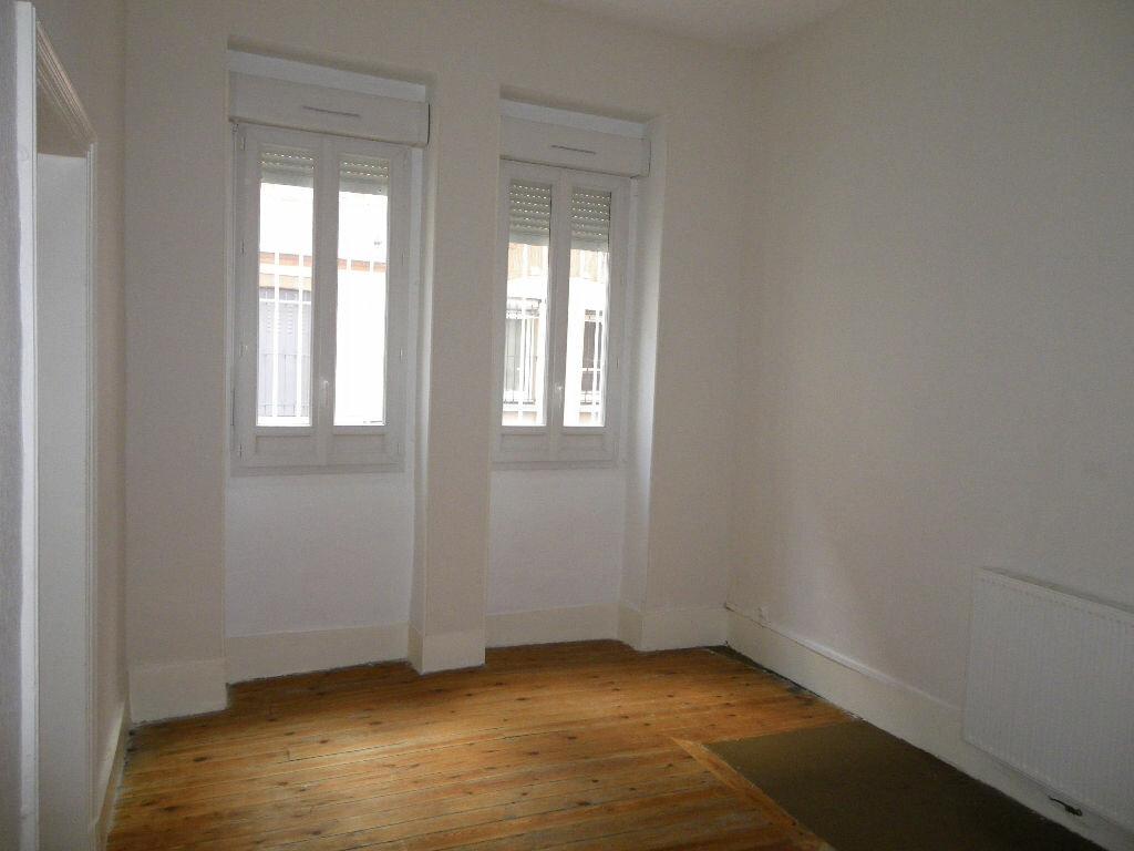 Appartement à louer 2 42.46m2 à Toulouse vignette-3
