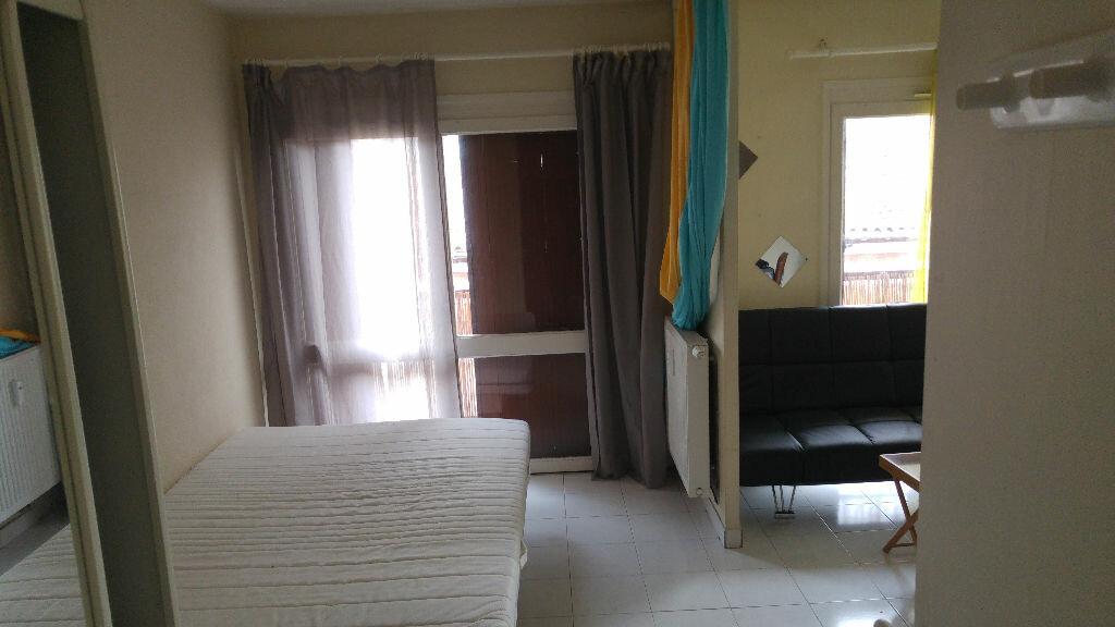 Appartement à louer 2 27.69m2 à Toulouse vignette-1