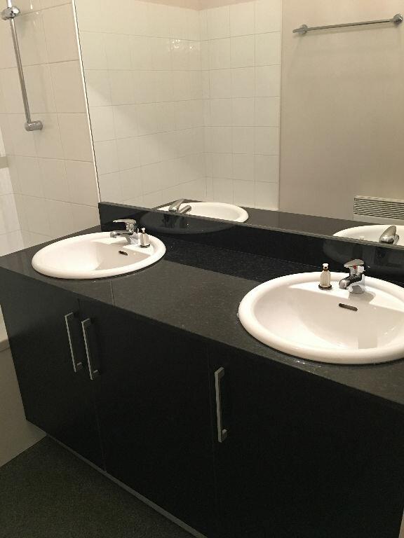 Appartement à louer 3 74m2 à Toulouse vignette-5