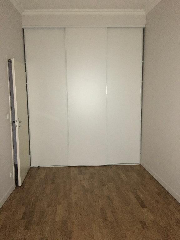 Appartement à louer 3 74m2 à Toulouse vignette-7