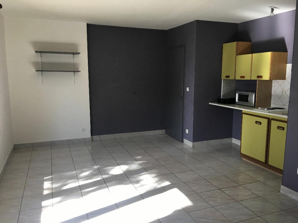 Appartement à louer 2 34.03m2 à Toulouse vignette-1