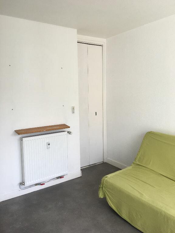 Appartement à louer 1 14.6m2 à Toulouse vignette-3