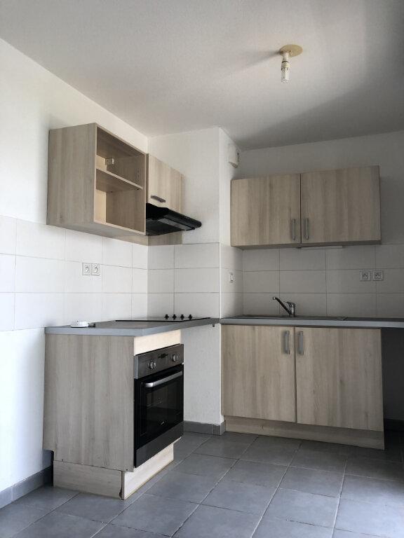 Appartement à louer 3 68.8m2 à Toulouse vignette-1