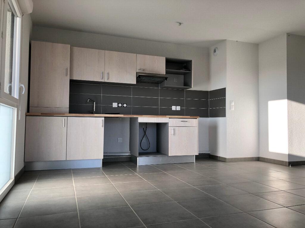 Appartement à louer 3 64.29m2 à Fonsorbes vignette-2