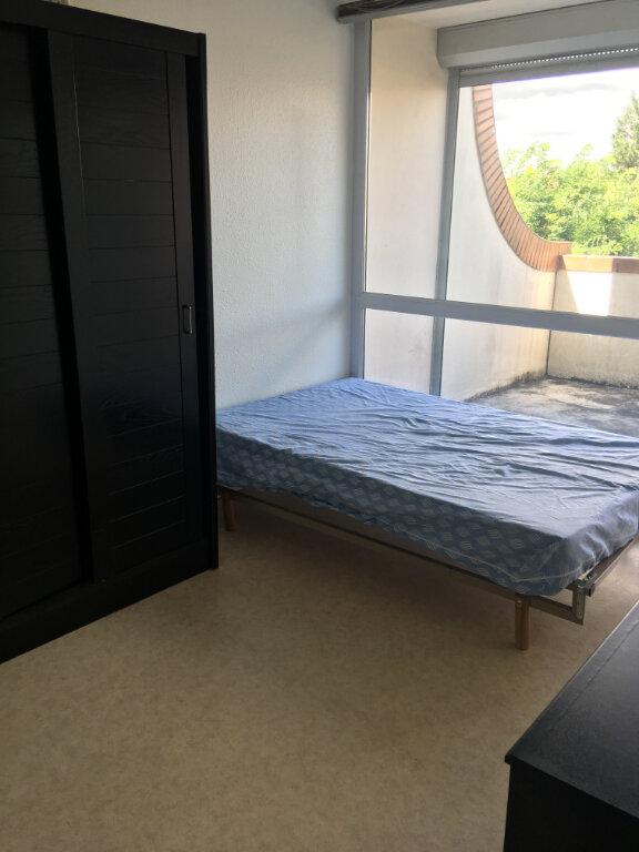 Appartement à louer 1 14m2 à Toulouse vignette-4