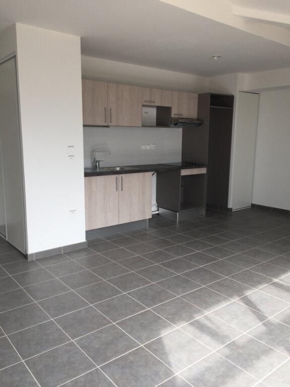 Appartement à louer 4 82.93m2 à Toulouse vignette-2