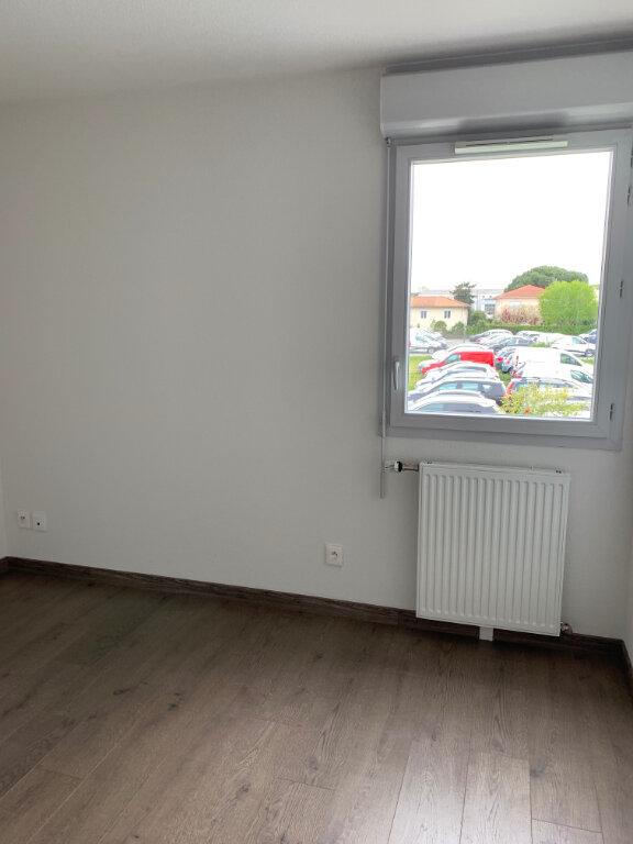 Appartement à louer 3 61.49m2 à Toulouse vignette-5