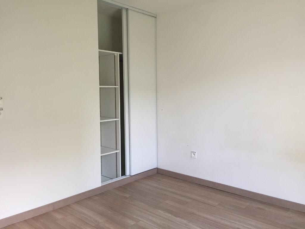 Appartement à louer 3 62.1m2 à Tournefeuille vignette-3