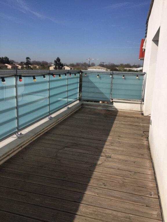 Appartement à louer 3 61.39m2 à Toulouse vignette-2