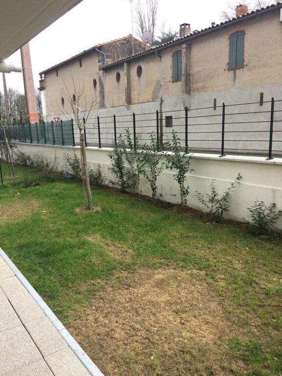 Appartement à louer 3 62.33m2 à Toulouse vignette-4