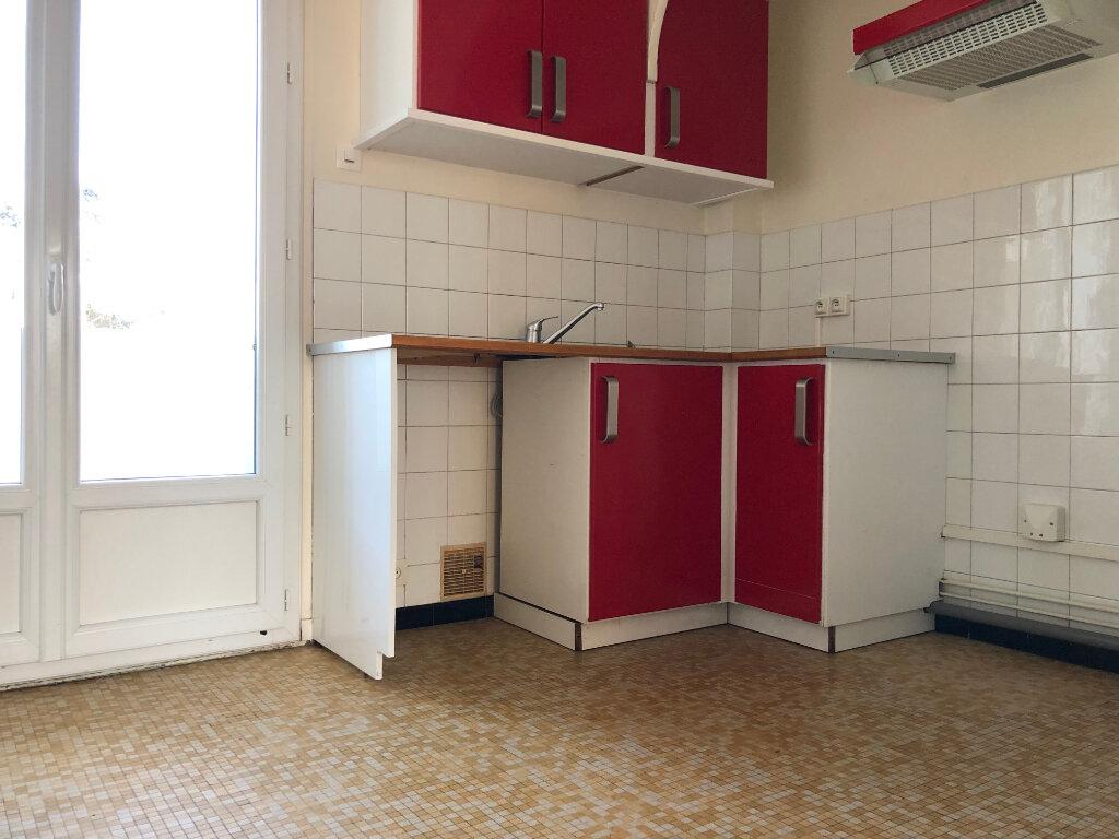 Appartement à louer 3 61.67m2 à Toulouse vignette-2