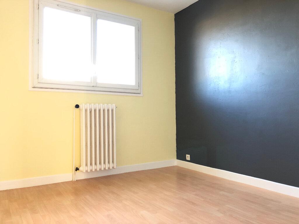 Appartement à louer 3 61.67m2 à Toulouse vignette-4