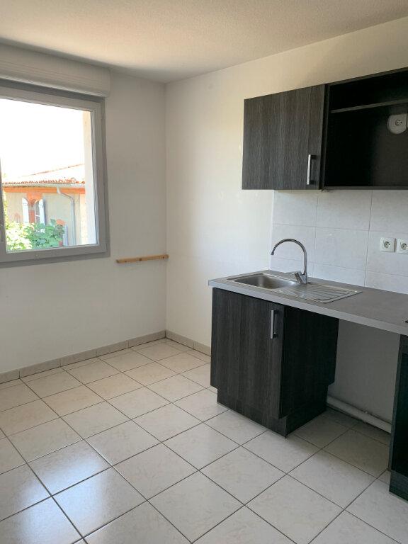 Appartement à louer 3 58.22m2 à Beauzelle vignette-1
