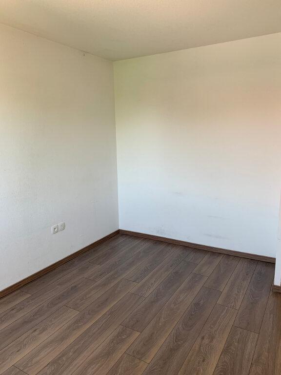 Appartement à louer 3 58.22m2 à Beauzelle vignette-6