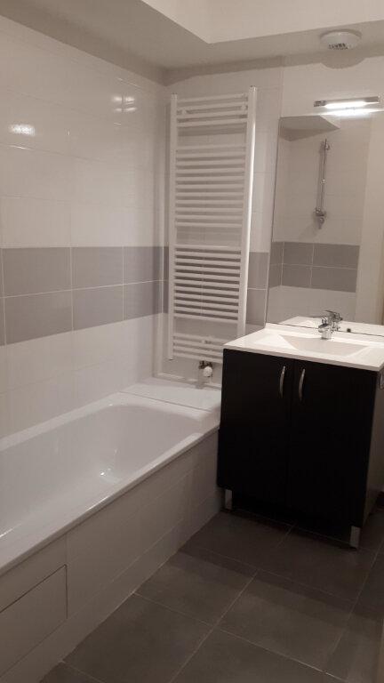 Appartement à louer 3 68.5m2 à Seysses vignette-6