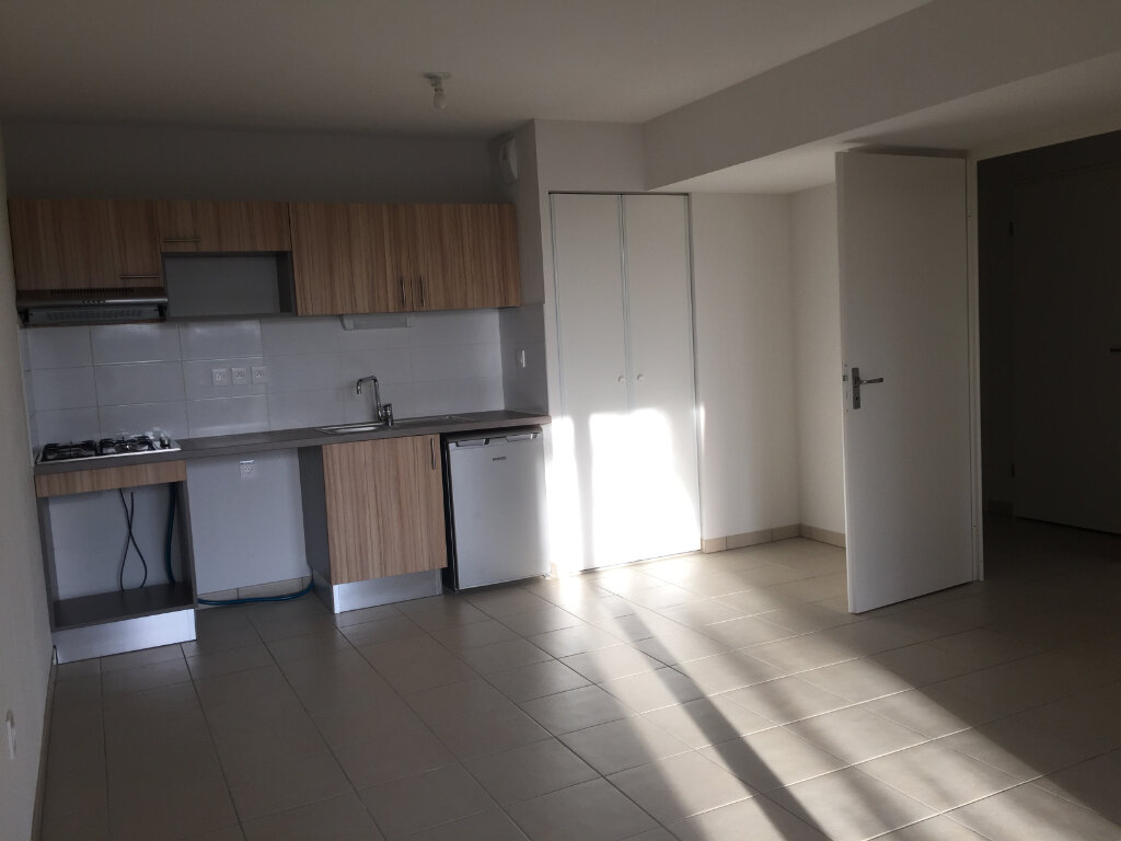 Appartement à louer 2 44.4m2 à Seysses vignette-1