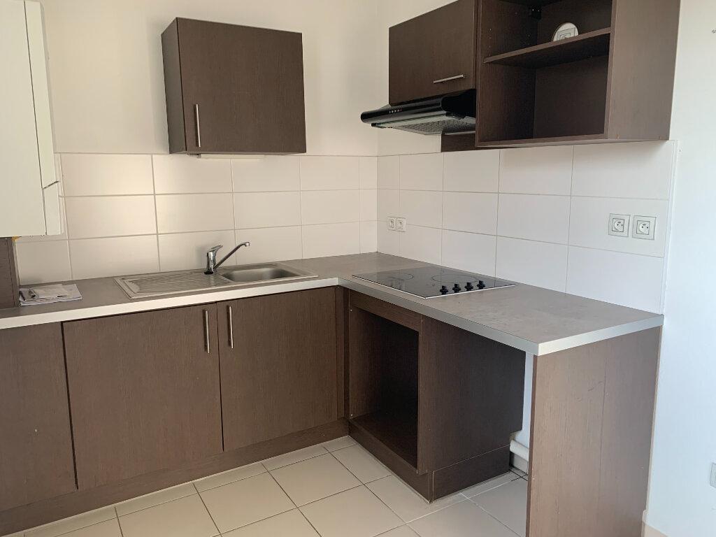 Appartement à louer 3 68.9m2 à Toulouse vignette-3