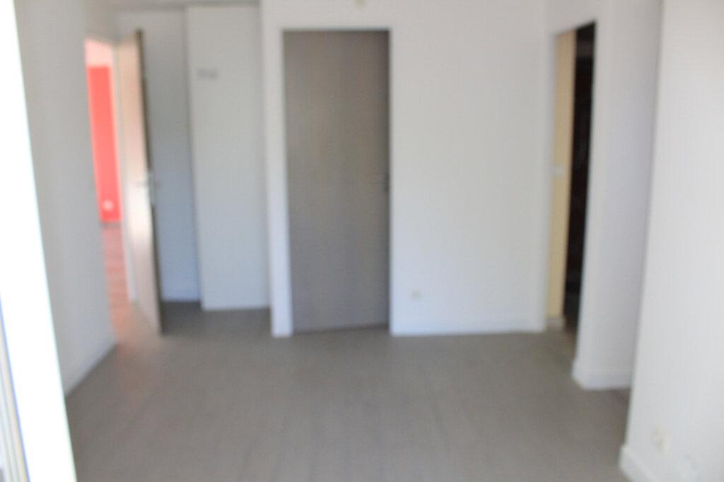 Maison à vendre 6 150m2 à Rozay-en-Brie vignette-5