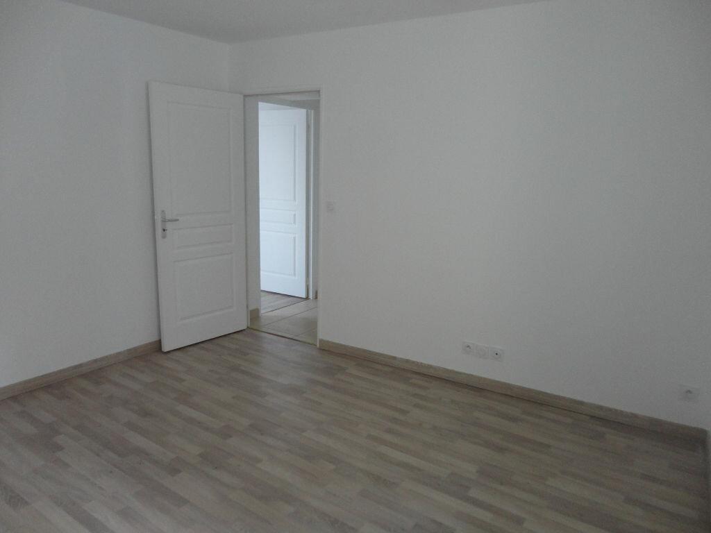 Maison à louer 3 66.58m2 à Bernay-Vilbert vignette-6