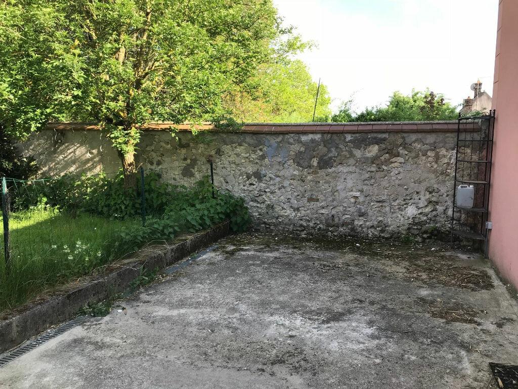 Maison à louer 2 44m2 à Gastins vignette-5