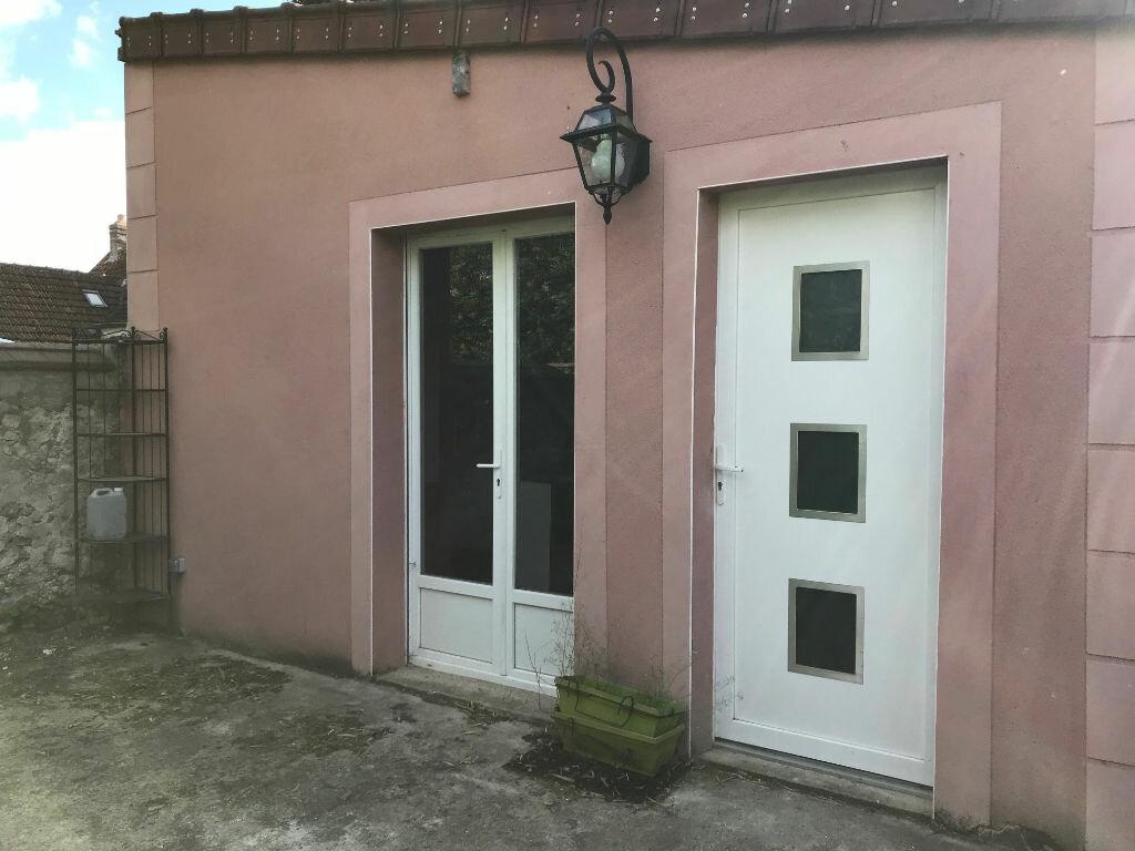 Maison à louer 2 44m2 à Gastins vignette-6